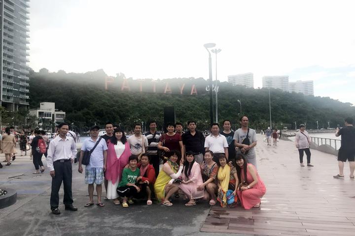 磁力搬铁机团队泰国旅游3
