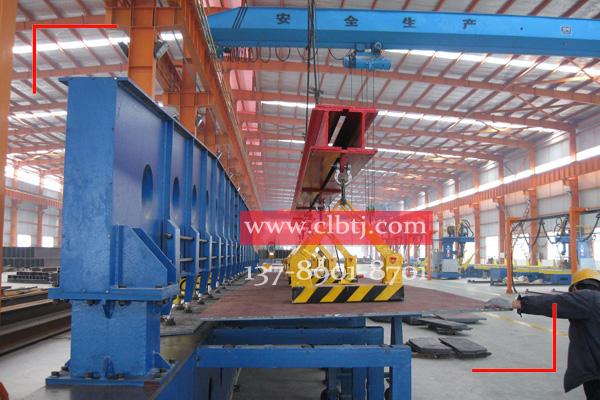 5台自卸式永磁起重器联吊钢板至剪切机