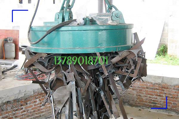 5吨行车配直径1.5米废钢用起重电磁铁案例